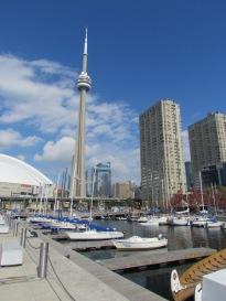 Hafen mit Blick auf den CN Tower Toronto, Ontario- (c) tanadia.com