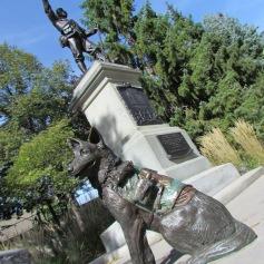 Denkmal für Tiere im Kriegseinsatz - (c) tanadia.com