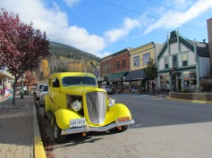 Downtown Revelstoke, British Columbia - (c) tanadia.com