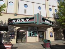 Roxy Kino auf der MacKenzie Street - (c) tanadia.com