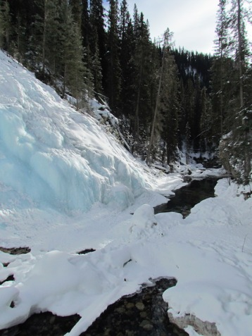 16 Johnston Canyon (c) tanadia.com