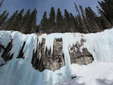 17 Johnston Canyon (c) tanadia.com