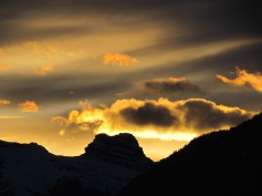 Sunset Banff, Alberta (c) tanadia.com
