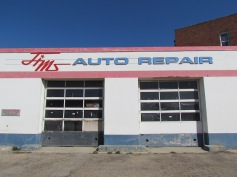 Ich glaube Jim's Auto Repair braucht auch ne Reparatur