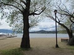 Blick auf den Okanagan Lake (hier lebt das Ogopogo-Monster!)