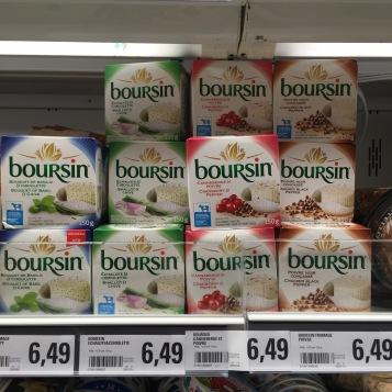 Es gibt wohl ne Quote und einen stets festen Preis für Milch (Überproduktion wird weg gekippt) - Copyright: tanadia.com