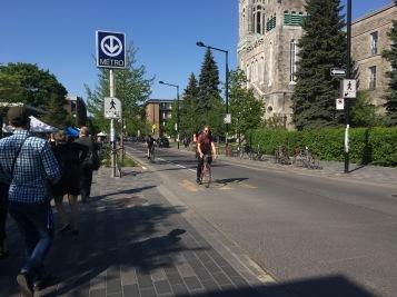 Meistbefahrene Fahrradstraße in Montreal bei Metro Laurier - Copyright: tanadia.com